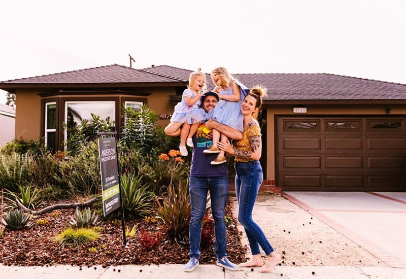 April with Evangeline & Goldie | Queen Creek Arizona family photographer