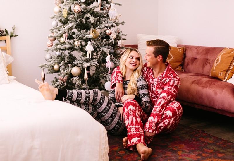 Lauren & Tyler | Queen Creek Arizona Christmas mini session