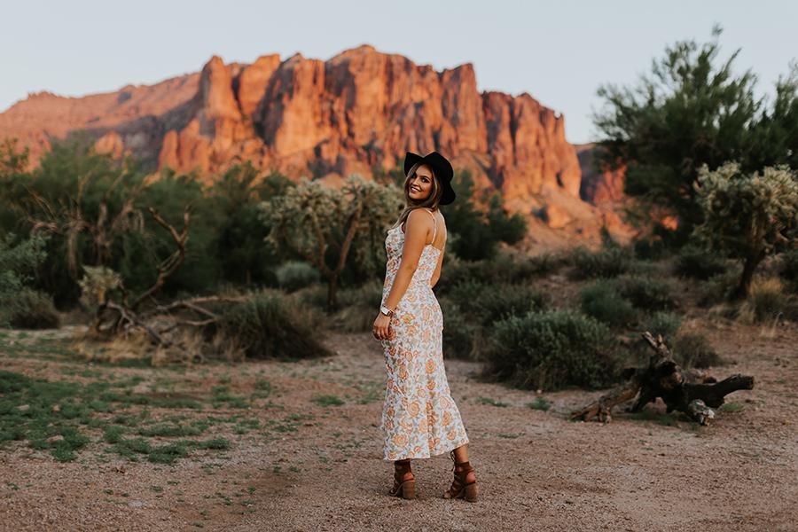 Phoenix Arizona senior portrait photographer